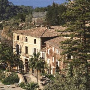La Residencia (2)
