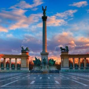 BUDAPEST HONGRIE HEROES SQUARE ( Copyright  Tibor Balogh )