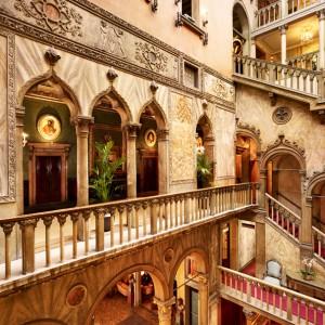 Danieli—Palazzo-Dandolo—First-Floor-Hall-and-Atrium